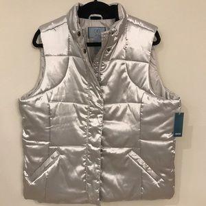 Izod silver puffer jacket XL